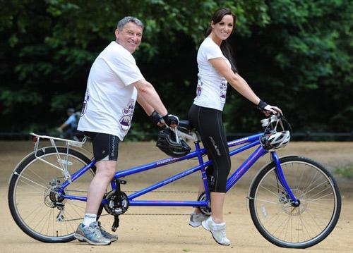 Để nâng mông với xe đạp hiệu quả bạn nên luyện tập với xe đạp 3 lần/tuần