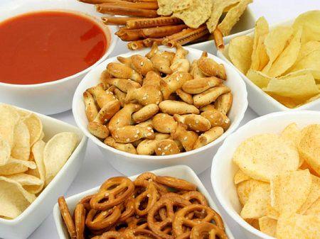 Hạn chế các thực phẩm nhiều dầu mỡ, chất kích thích