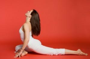 Tập 4 động tác yoga đơn giản để tăng kích thước vòng 3